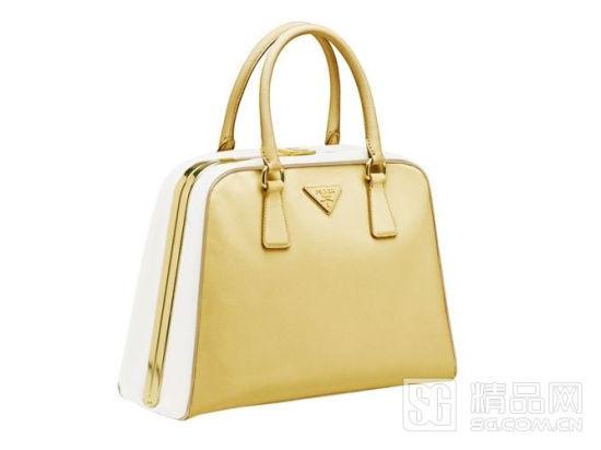 普拉达手提包